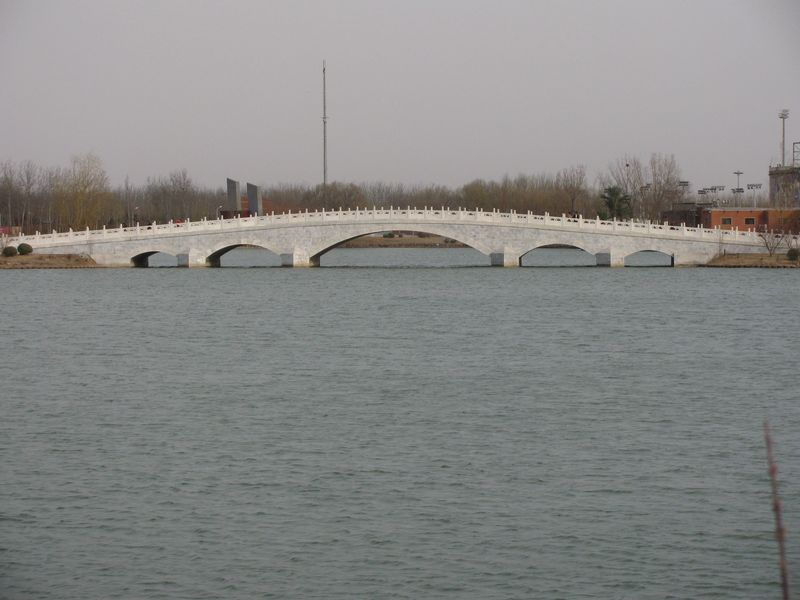 Chaoyang bridge